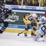 Lokalopgør i ishockey Esbjerg Energi og SønderjyskE. Foto: John Randeris