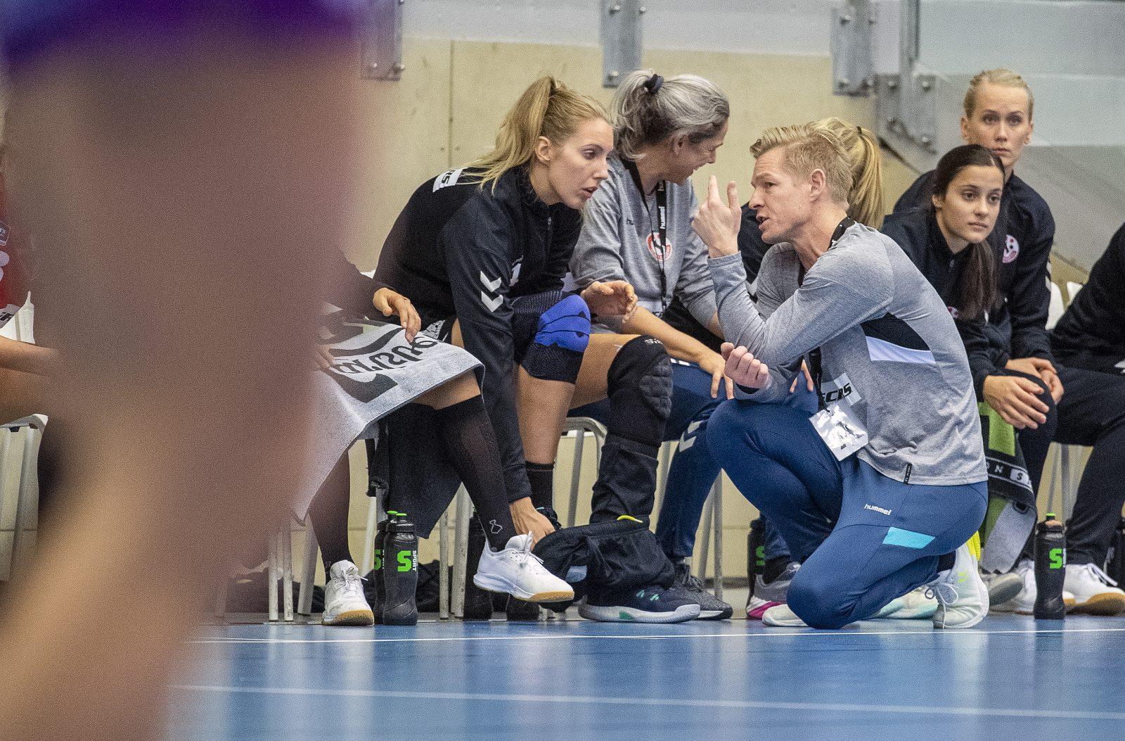 KvindehŒndbold: Team Esbjerg - Herning-Ikast HŒndbold
